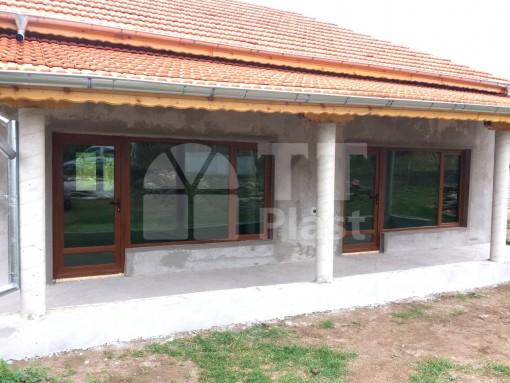 Врати и прозорци – еднофамилна къща